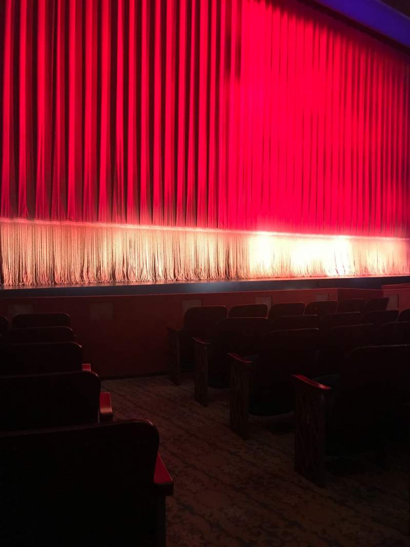 Seating view for Longacre Theatre Section Orchestra L Row G Seat 4