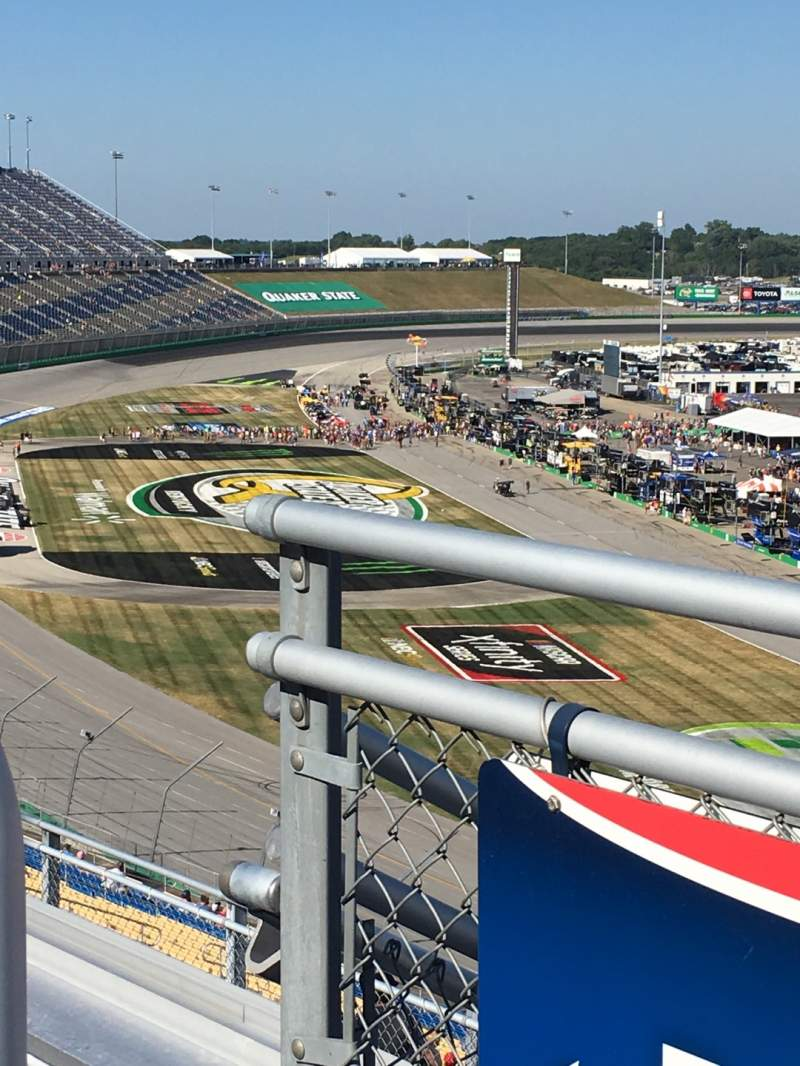 Seating view for Kentucky Speedway Section KyTower H Row 4 Seat 28