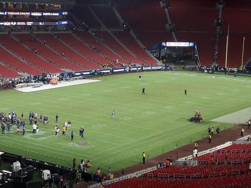 Seating view for Los Angeles Memorial Coliseum Section 327 Row 1 Seat 39