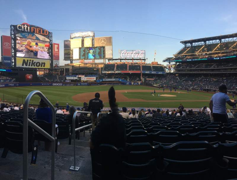 Seating view for Citi Field Section 122 Row 22 Seat 16