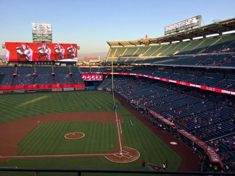 Seating view for Angel Stadium Section V414 Row B Seat 6