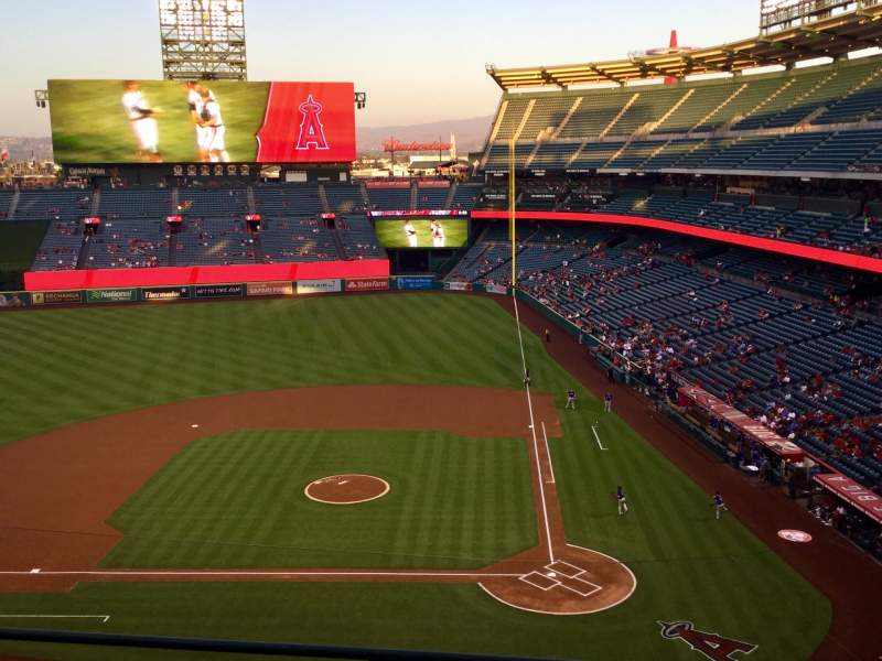 Seating view for Angel Stadium Section V414 Row D Seat 8