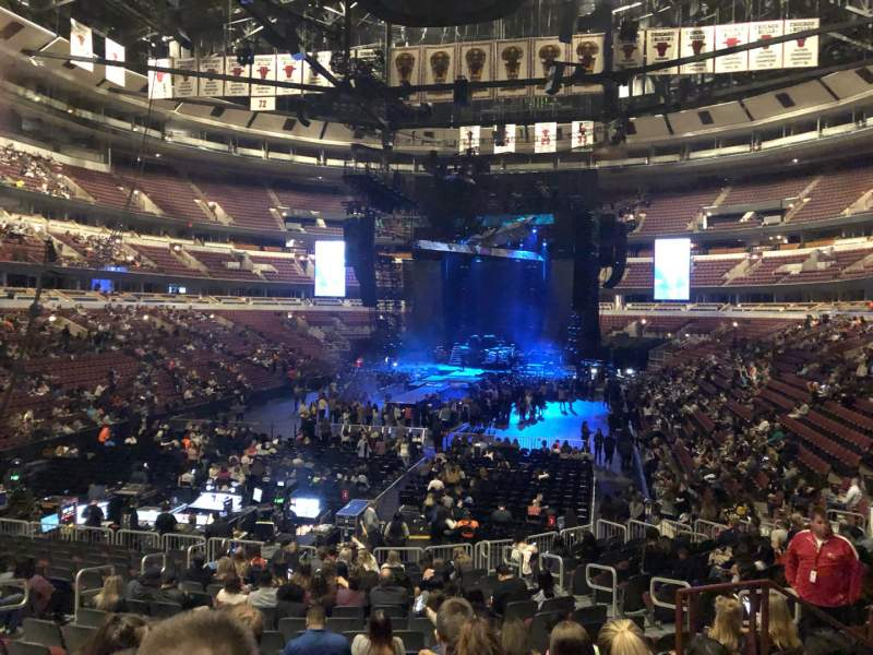 Seating view for United Center Section 106 Row 19 Seat 13