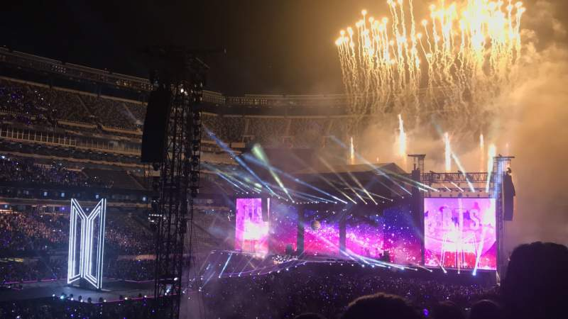 Seating view for MetLife Stadium Section 117 Row 30 Seat 10