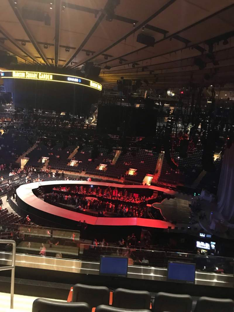 Seating view for Madison Square Garden Section 213 Row 5 Seat 3