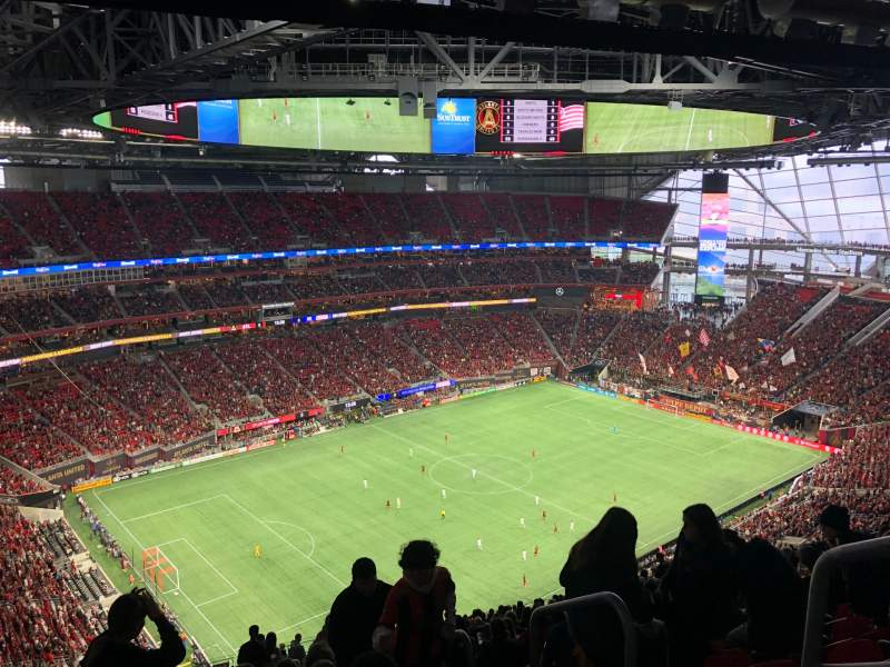 Seating view for Mercedes-Benz Stadium Section 318 Row 25 Seat 15