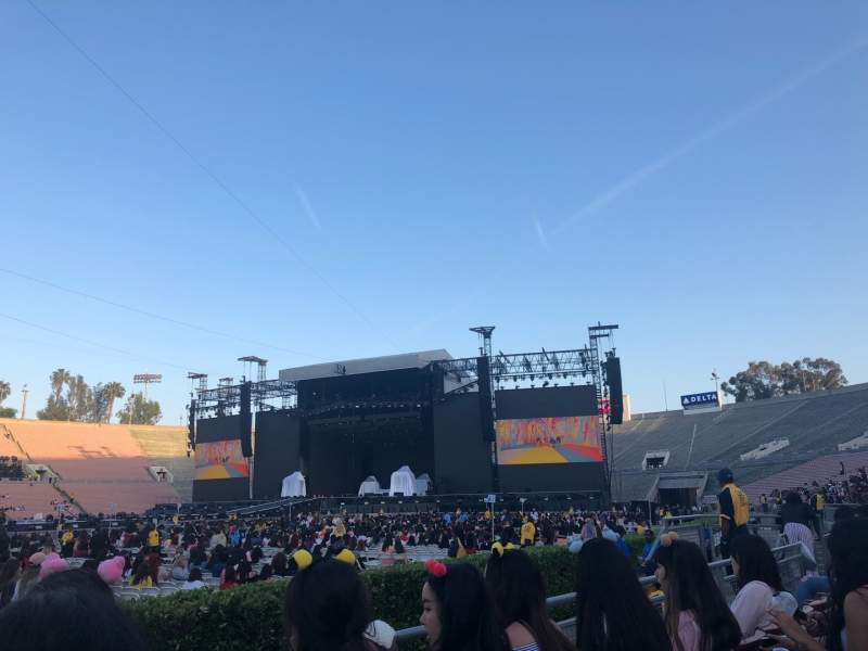 Seating view for Rose Bowl Section 16-H Row A Seat 112