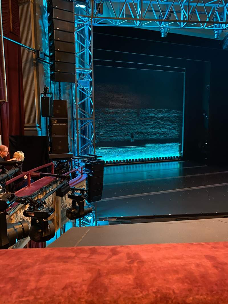 Seating view for Broadhurst Theatre Section Mezzanine L Row A Seat 17