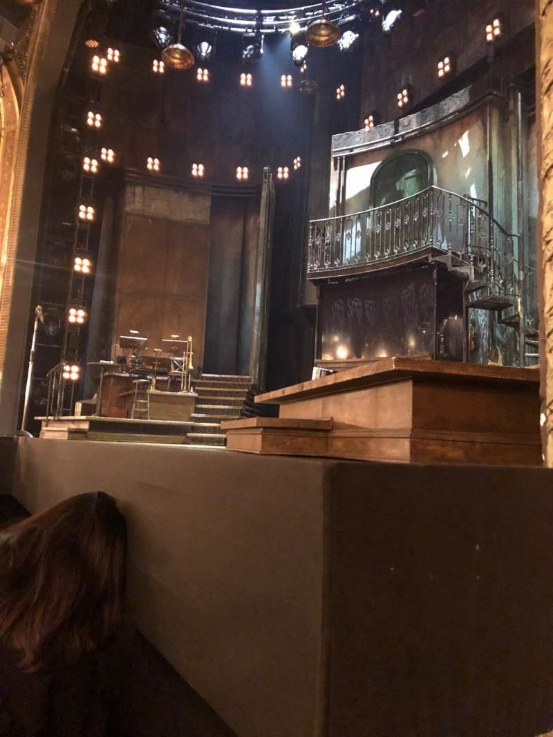Seating view for Walter Kerr Theatre Section Orchestra R Row C Seat 14