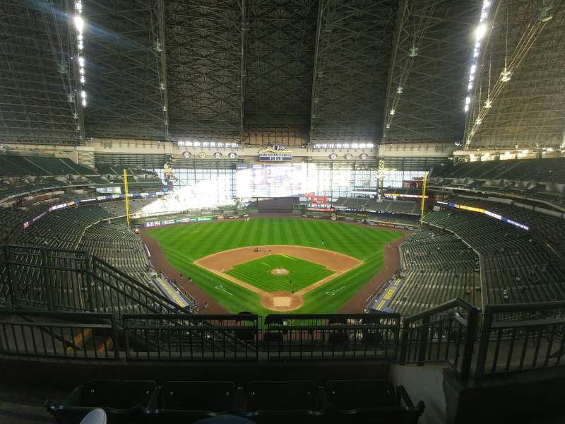 Seating view for American Family Field Section 422 Row 10 Seat 3