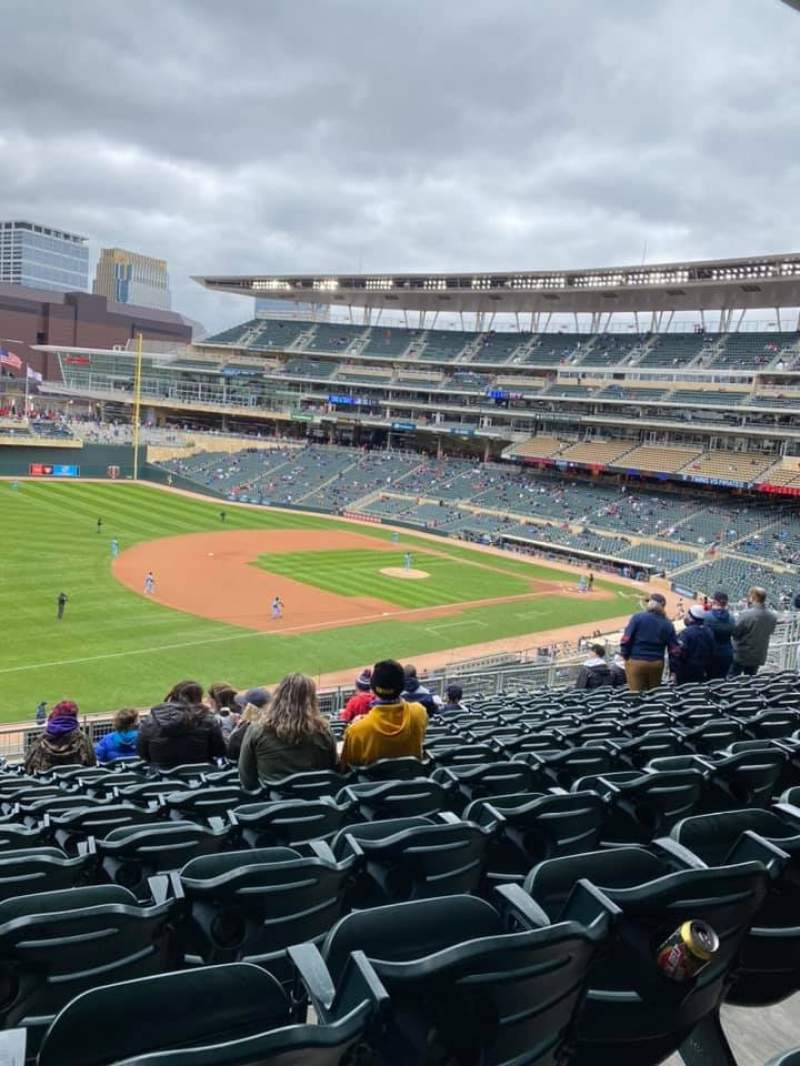 Seating view for Target Field Section S Row 13 Seat 17