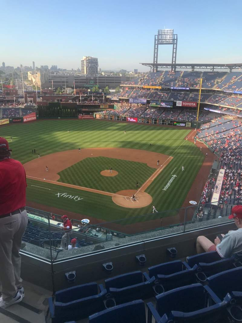 Seating view for Citizens Bank Park Section 422 Row 4 Seat 23