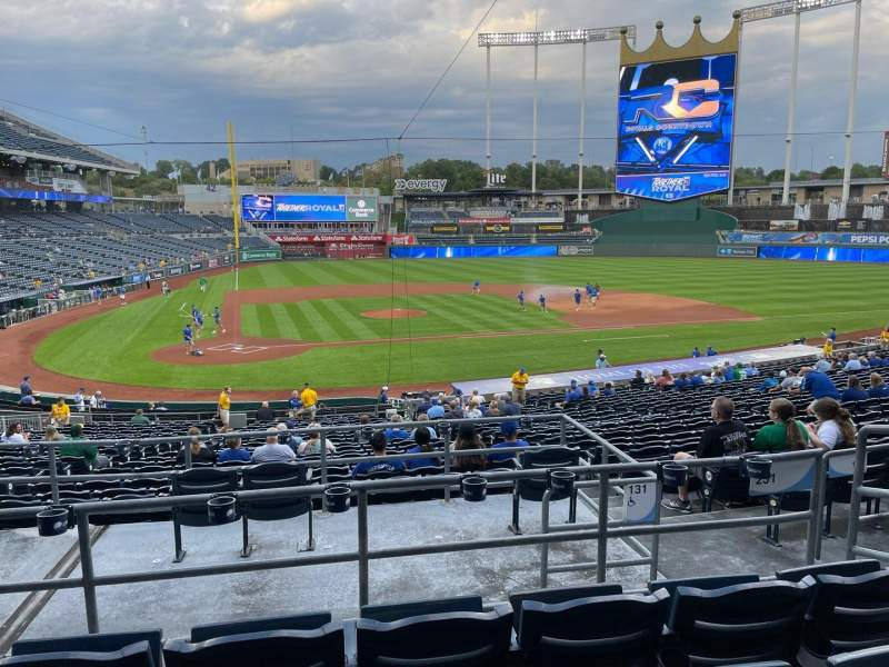 Seating view for Kauffman Stadium Section 231 Row DD Seat 5