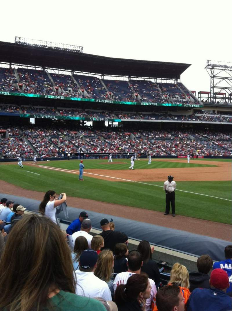 Seating view for Turner Field Section 117 Row 8 Seat 13