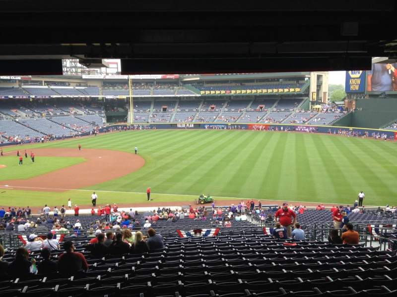 Seating view for Turner Field Section 221 Row 17 Seat 107