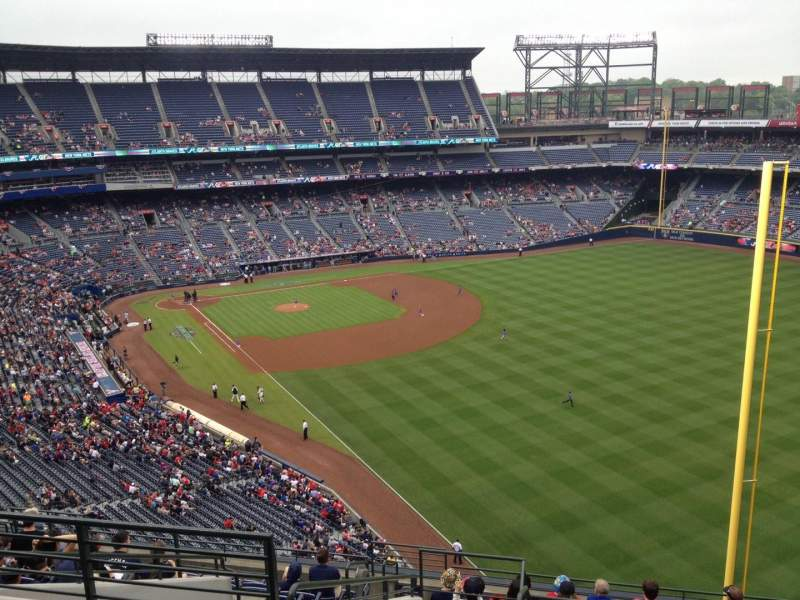 Seating view for Turner Field Section 427 Row 13 Seat 4
