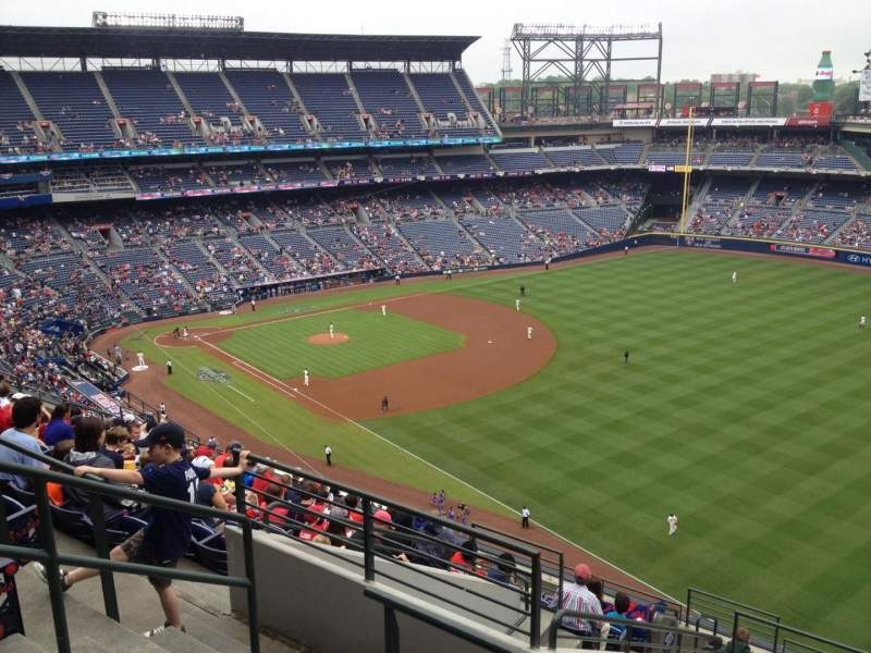 Seating view for Turner Field Section 423 Row 13 Seat 5