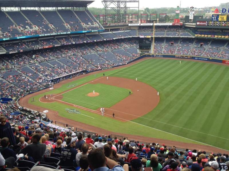 Seating view for Turner Field Section 417 Row 23 Seat 11