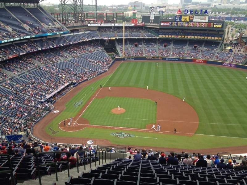 Seating view for Turner Field Section 411 Row 25 Seat 4