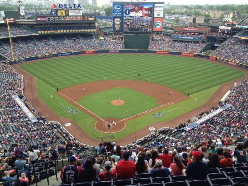 Seating view for Turner Field Section 401 Row 22 Seat 4