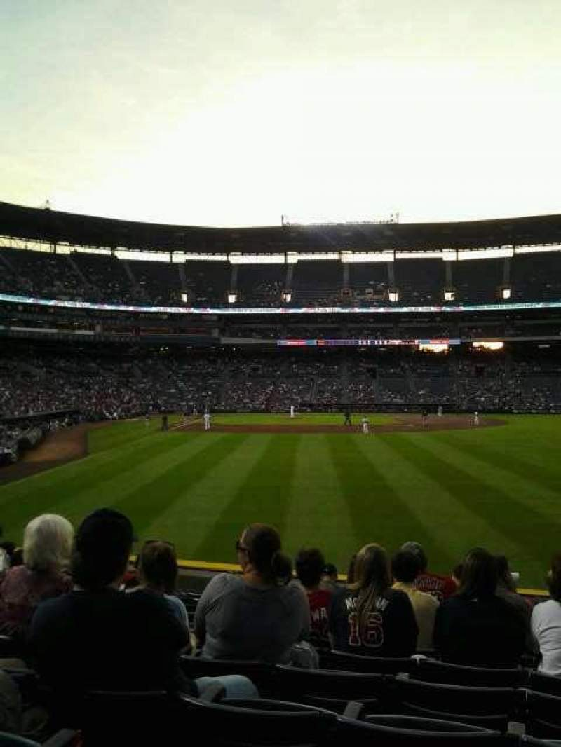 Seating view for Turner Field Section 135r Row 22 Seat 11