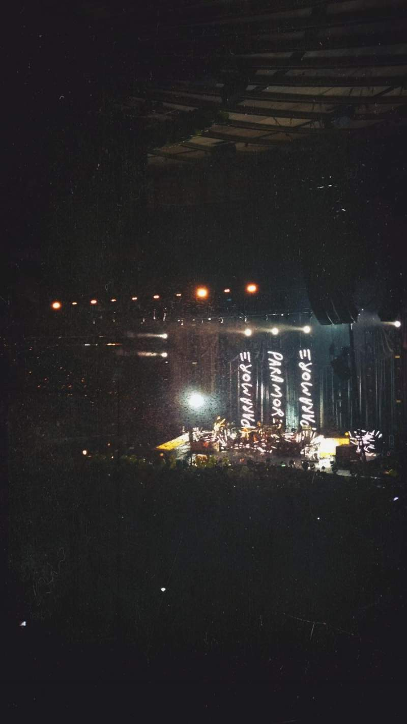 Madison Square Garden, section: 105, row: 16, seat: 19