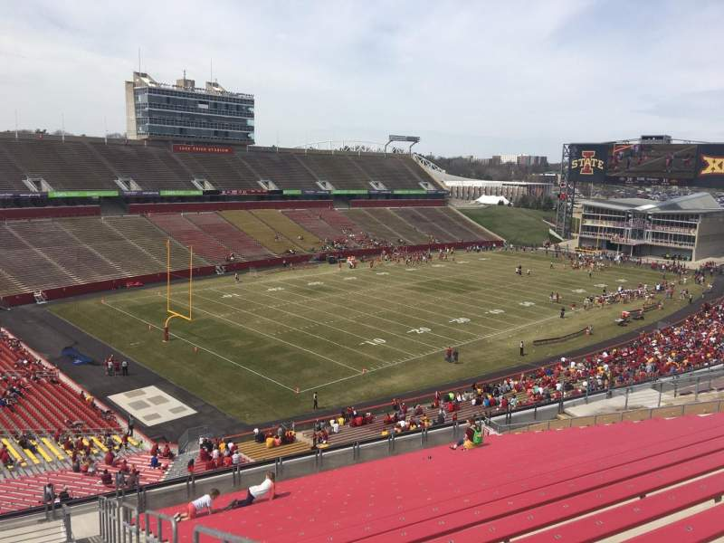 Seating view for Jack Trice Stadium Section Q Row 20 Seat 30