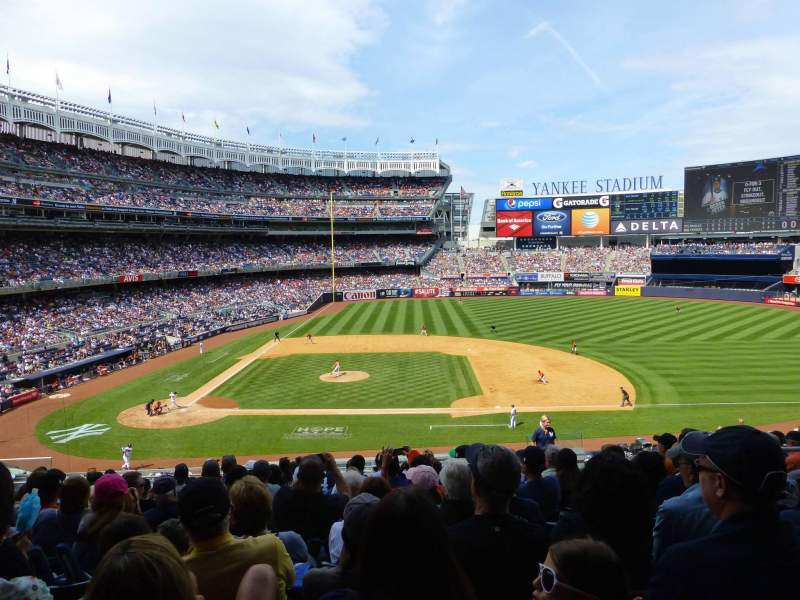 Seating view for Yankee Stadium Section 216 Row 14 Seat 8