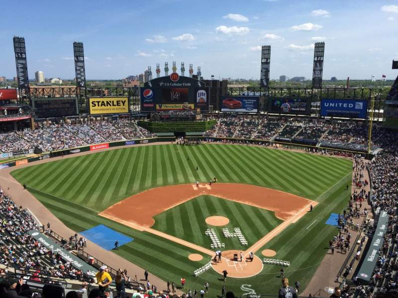 Seating view for Guaranteed Rate Field Section 524 Row 16 Seat 6