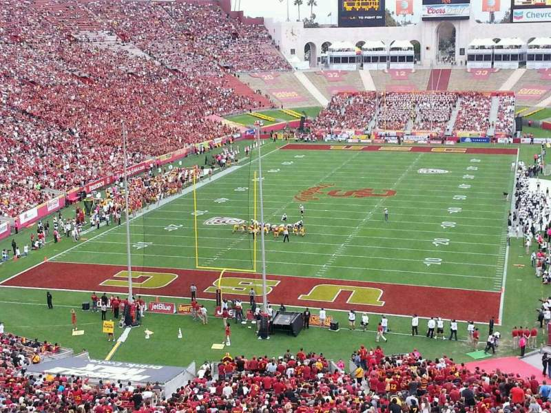 Seating view for Los Angeles Memorial Coliseum Section 13L Row 74 Seat 21