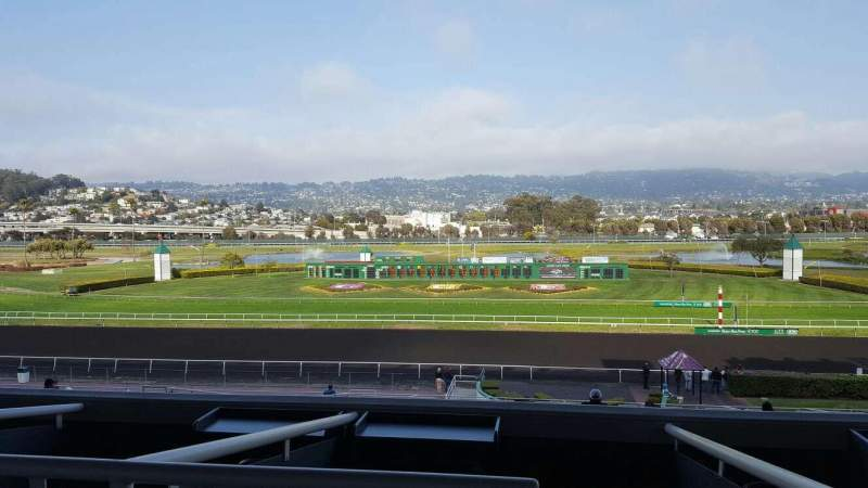 Seating view for Golden Gate Fields Section 324 Row A Seat 1