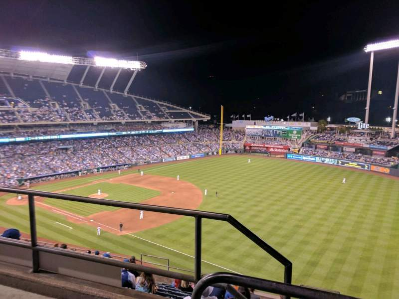 Seating view for Kauffman Stadium Section 437 Row m Seat 1