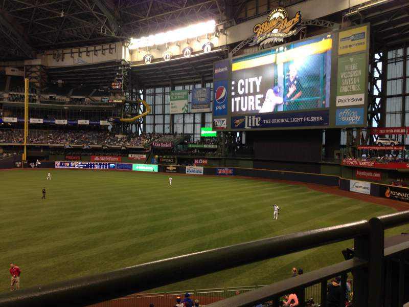 Seating view for Miller Park Section 208 Row 1 Seat 10