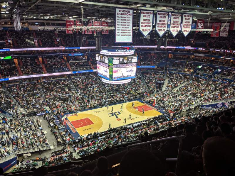 Seating view for Capital One Arena Section 431 Row M Seat 21