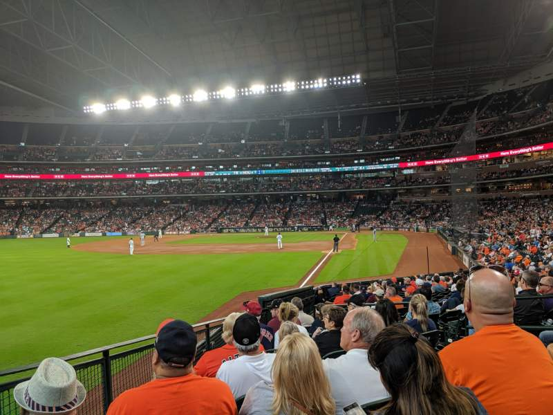 Seating view for Minute Maid Park Section 105 Row 20 Seat 5