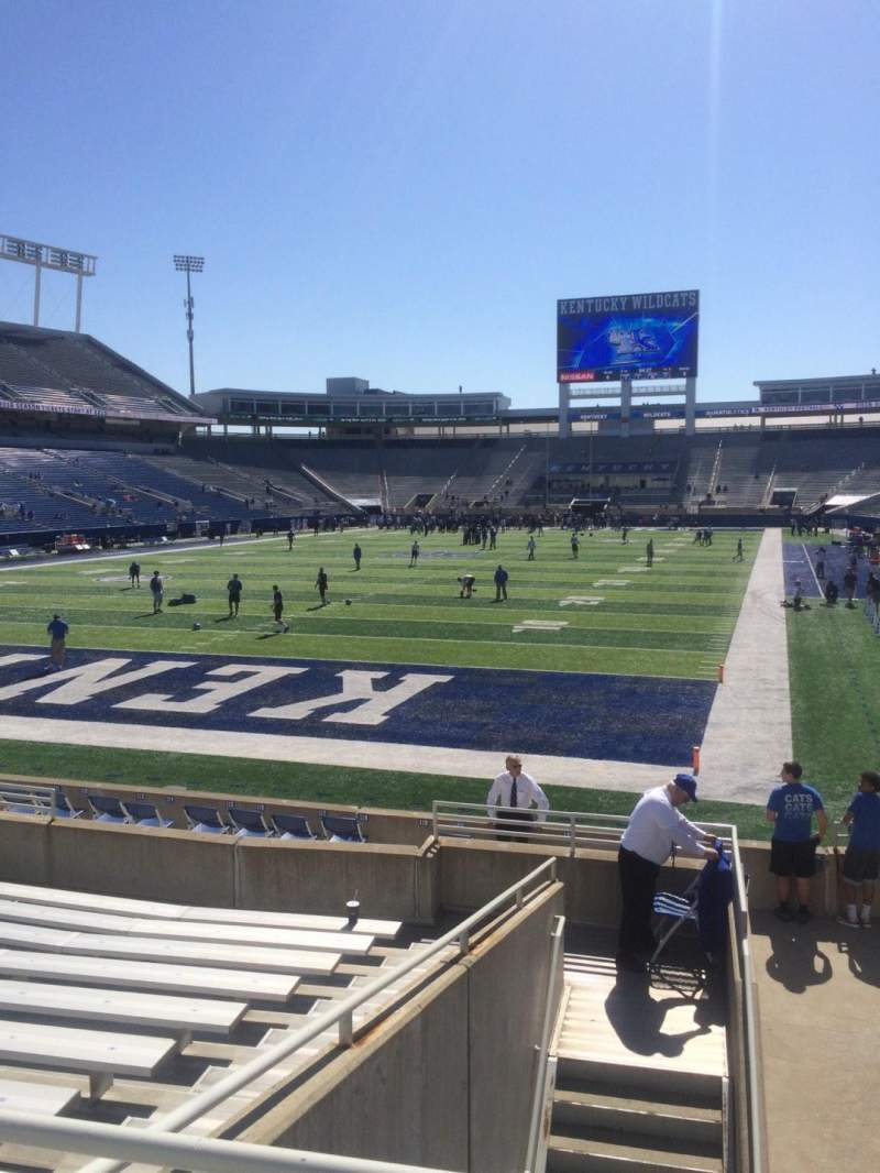 Seating view for Commonwealth Stadium Section 19 Row 12 Seat 3
