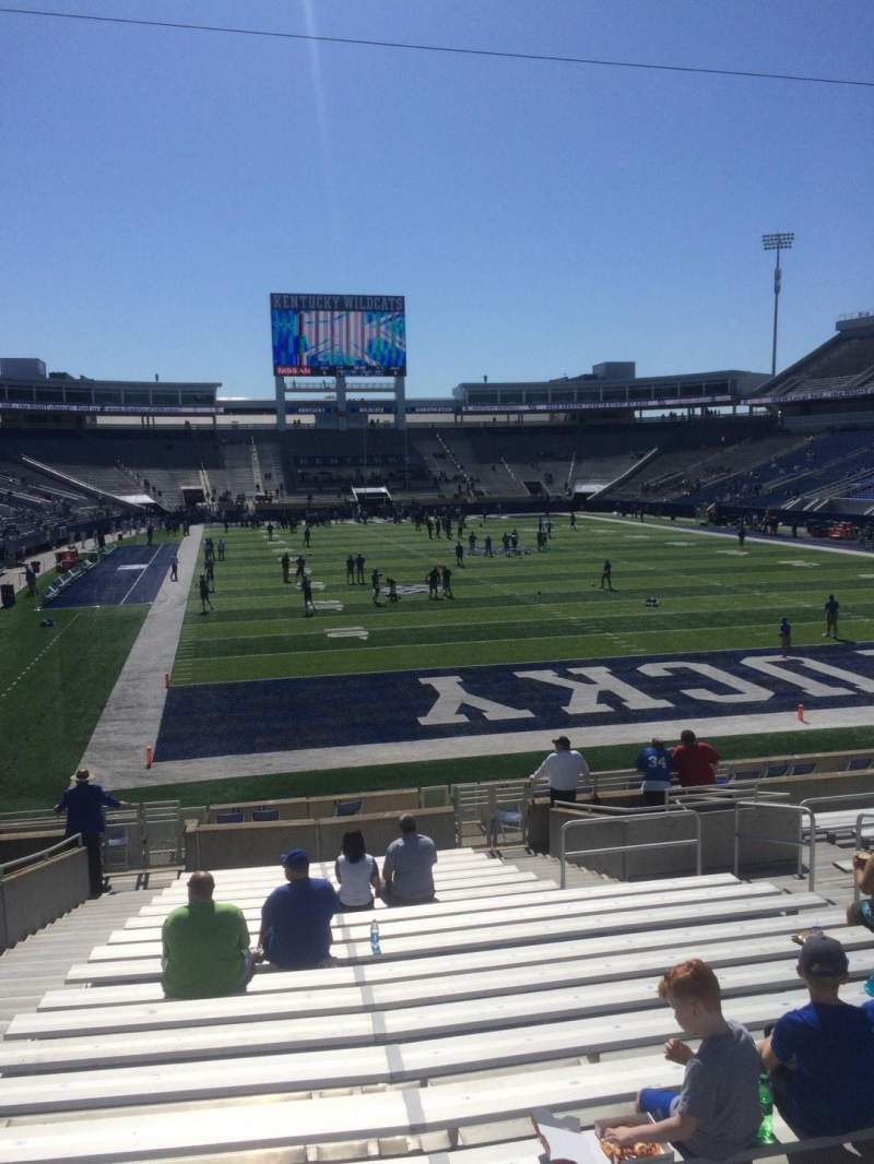 Seating view for Commonwealth Stadium Section 14 Row 20 Seat 5