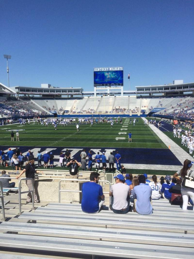 Seating view for Commonwealth Stadium Section 38 Row 15 Seat 5