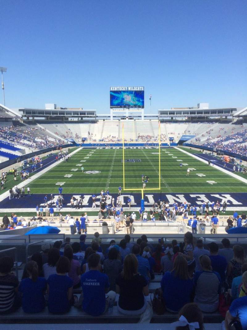 Seating view for Commonwealth Stadium Section 36 Row 43 Seat 5