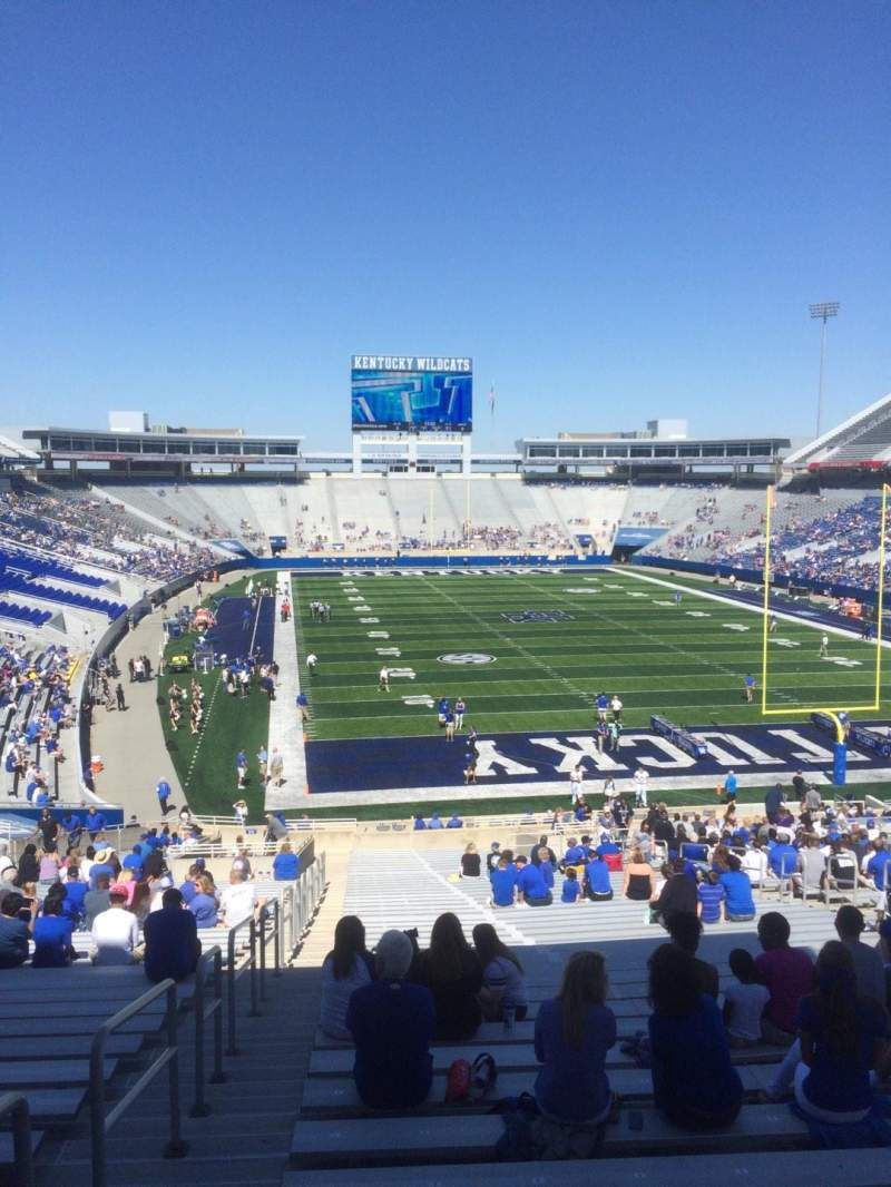 Seating view for Commonwealth Stadium Section 34 Row 44 Seat 1