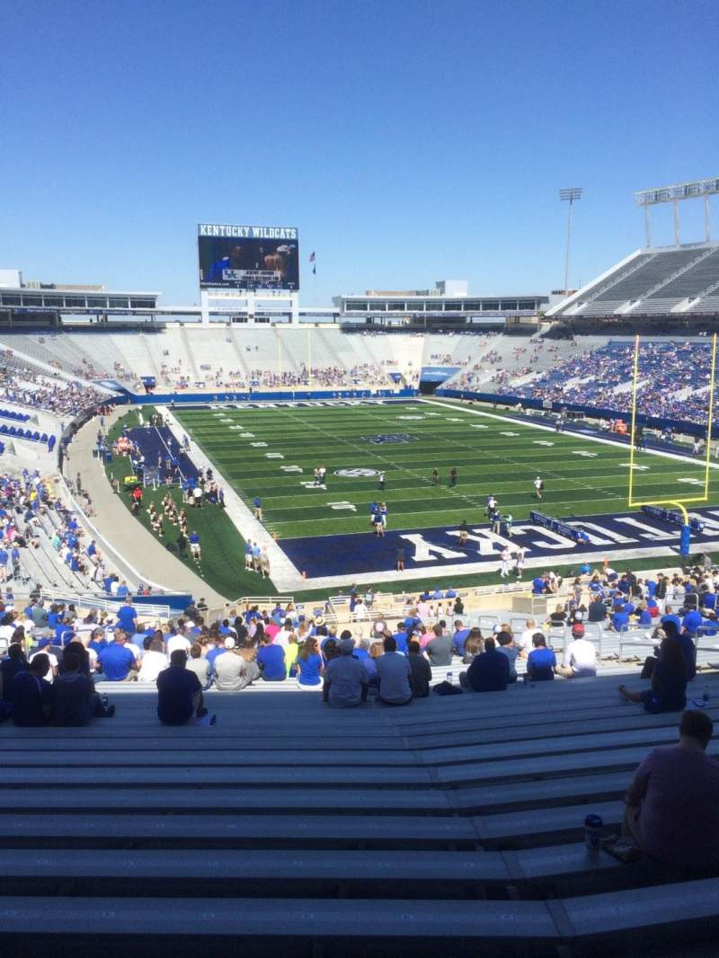 Seating view for Commonwealth Stadium Section 33 Row 45 Seat 19