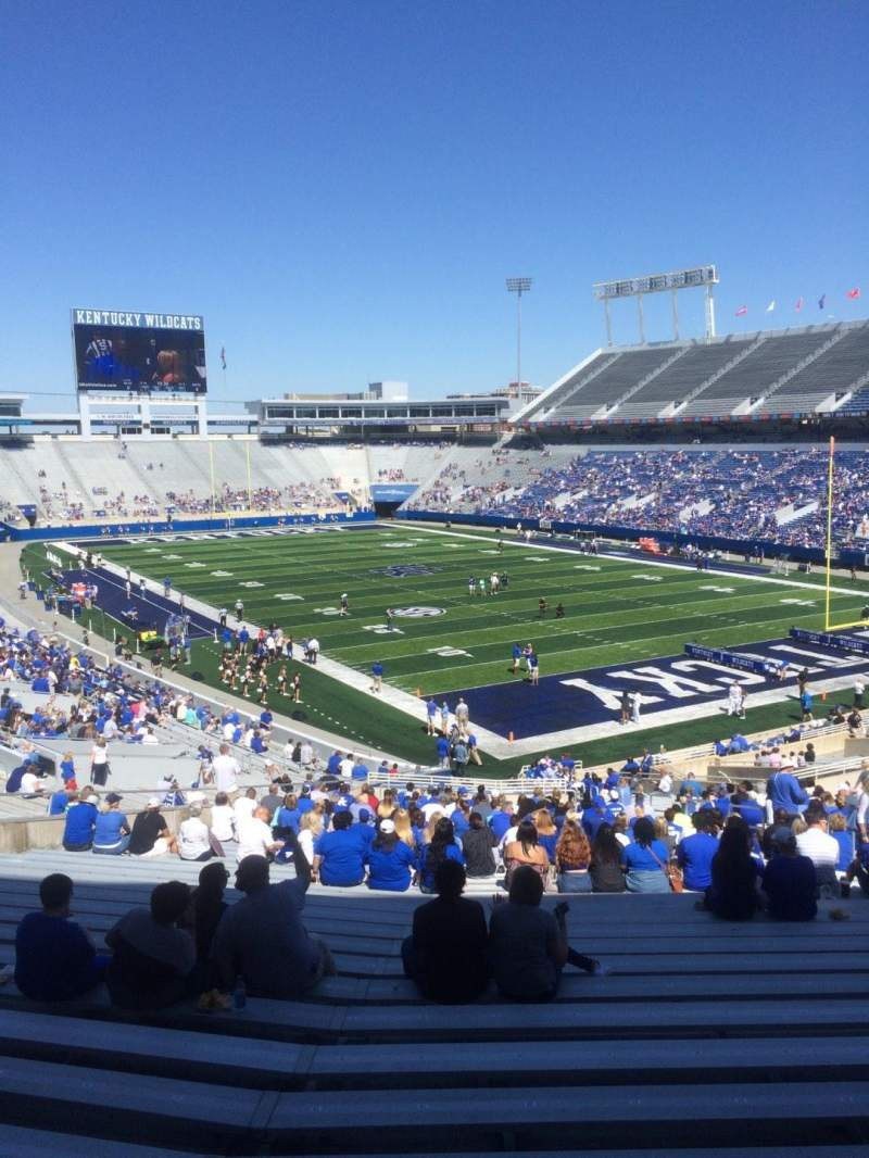 Seating view for Commonwealth Stadium Section 32 Row 44 Seat 22