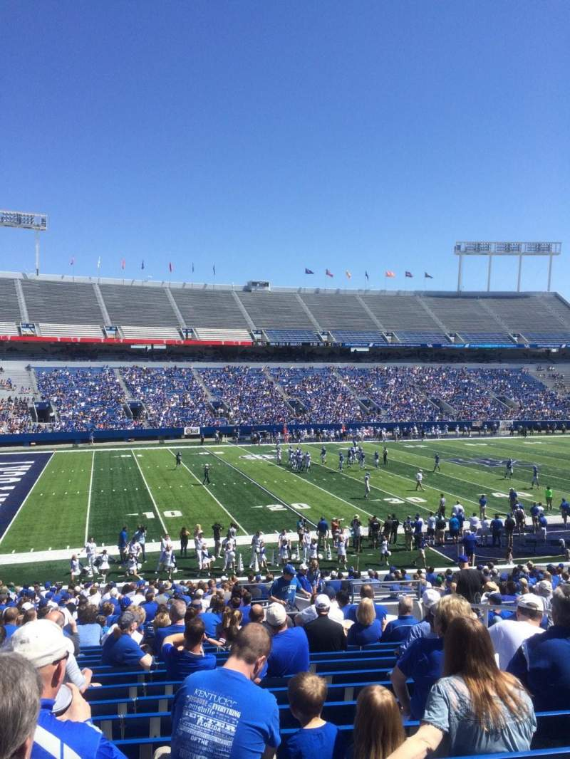 Seating view for Commonwealth Stadium Section 23 Row 33 Seat 24
