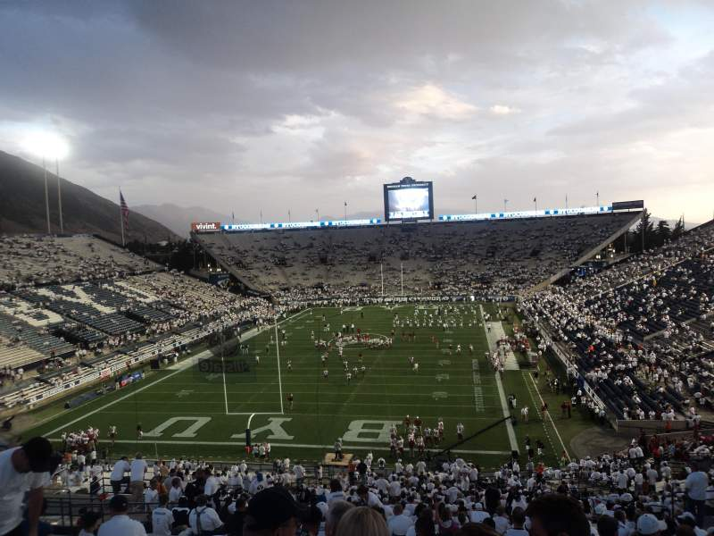 Lavell Edwards Stadium, section: 124, row: 22, seat: 18