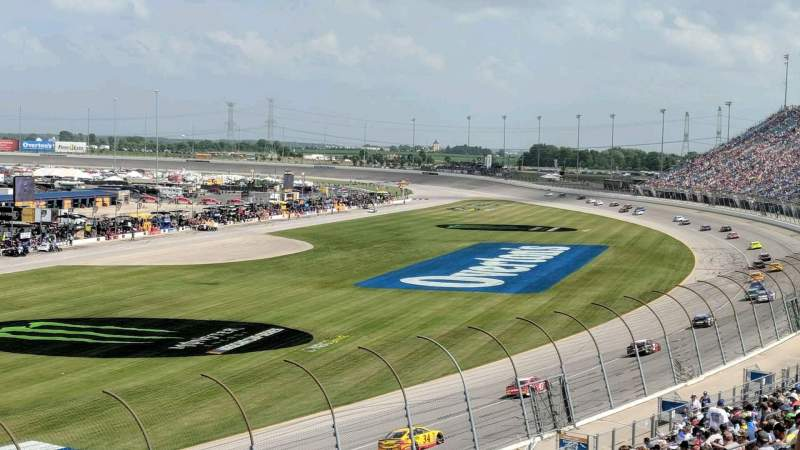 Seating view for Chicagoland Speedway Section 422 Row 28 Seat 5
