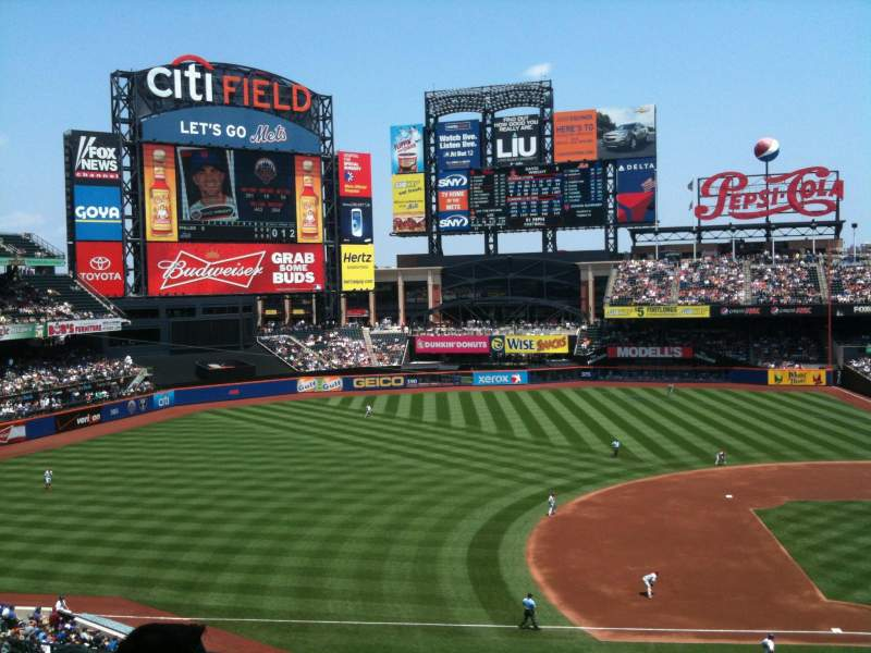 Seating view for Citi Field Section 328 Row 4 Seat 3