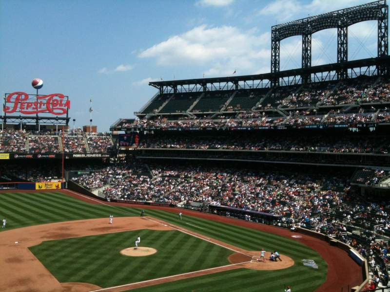 Seating view for Citi Field Section 328 Row 10 Seat 3