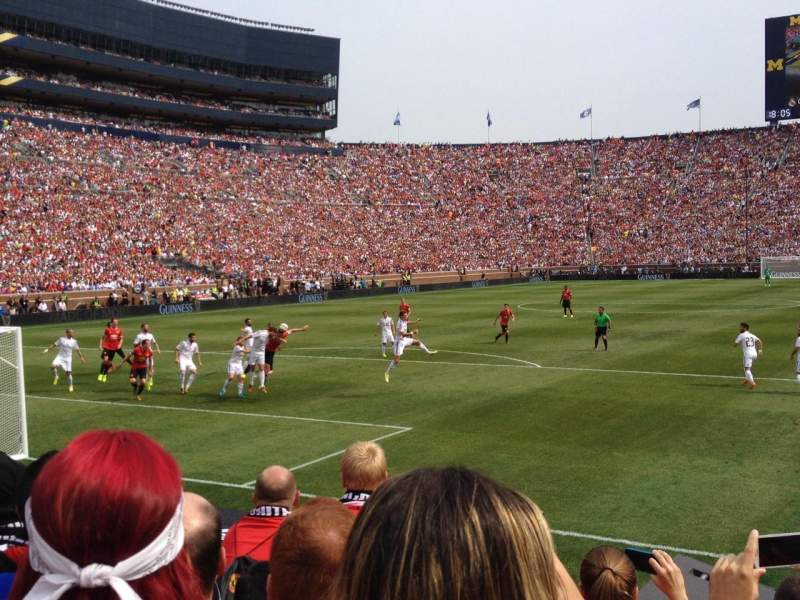 Michigan Stadium Section 31 Row 3 Seat 1 Manchester United Vs