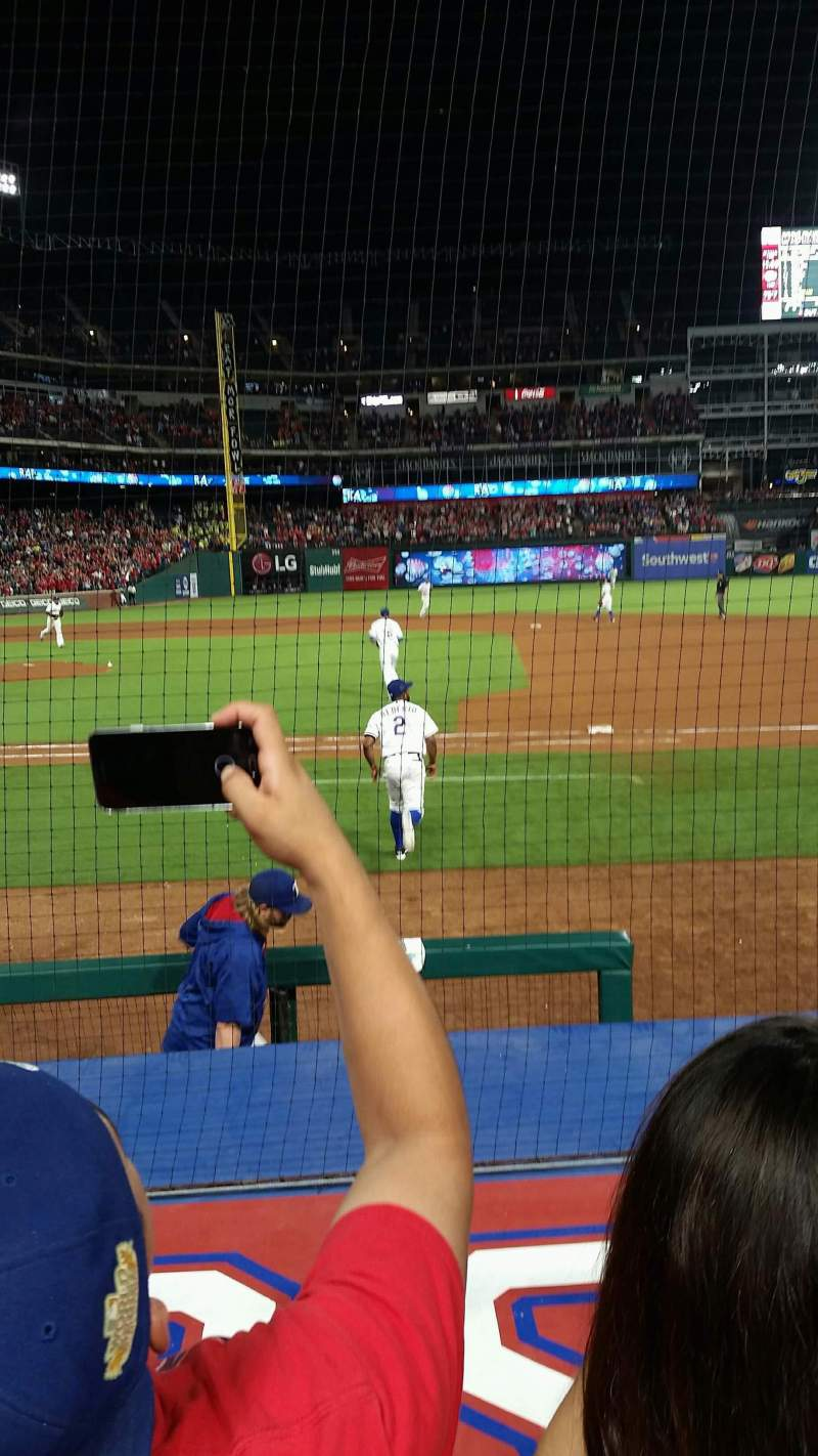 Seating view for Globe Life Park in Arlington Section 33 Row 4