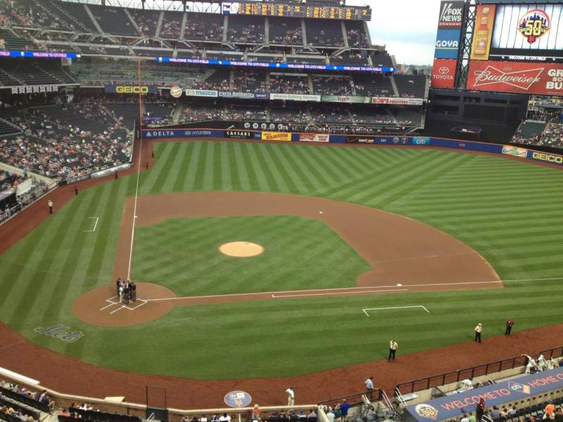 Seating view for Citi Field Section 410 Row 1 Seat 8